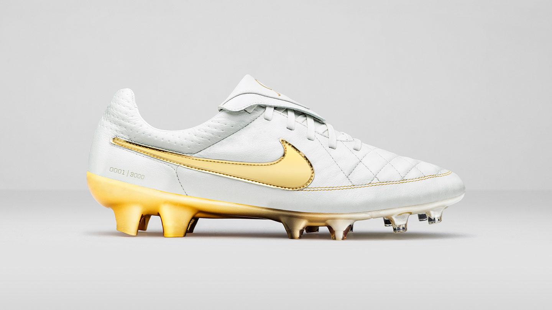 Nike Shoes Gold Ebay