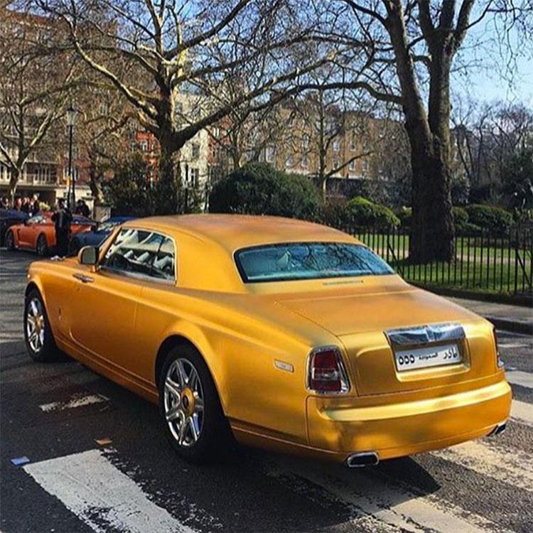 Rolls-Royce Phantom Coupe gold